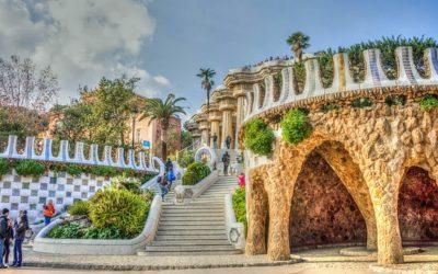 Spain Barcelona gaudi-1160382_640