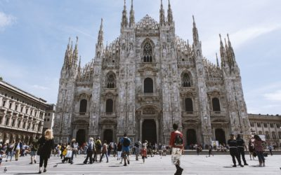 Italy Tour Milan cathedral people town
