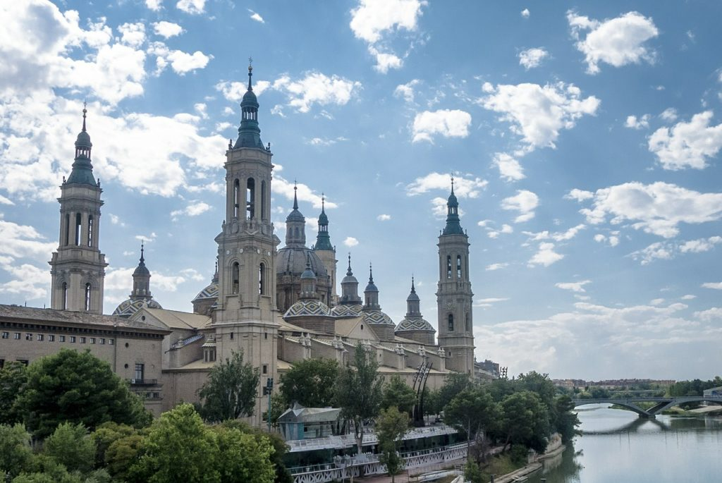 Zaragoza, Spain Tour, People -2579675_1280