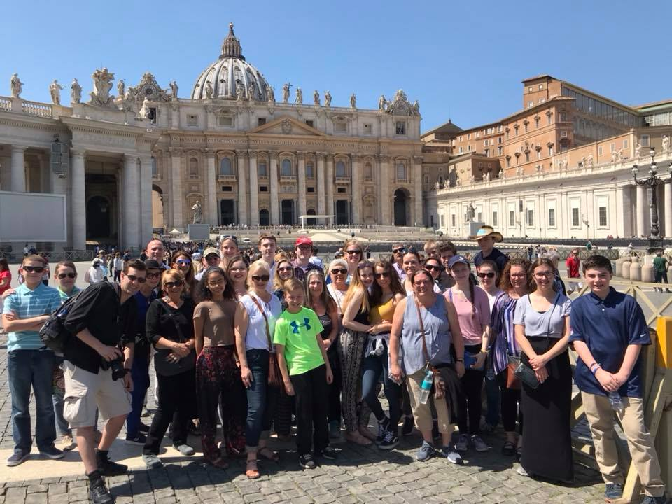 Tour Guides | Lingo Tours